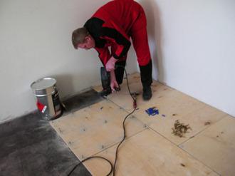 Пол из фанеры | Как сделать «деревянный» пол из фанеры